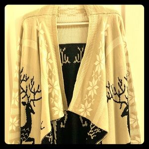 New Debut Reindeer Snowflake Open Sweater Size M/L